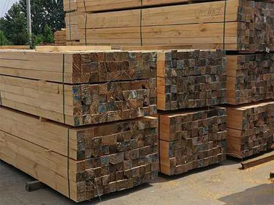 辐射松防腐木方